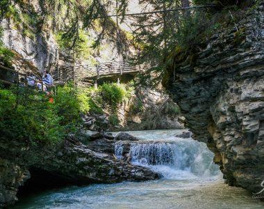 Trekken door de Canadese Rocky Mountains: Johnston Canyon